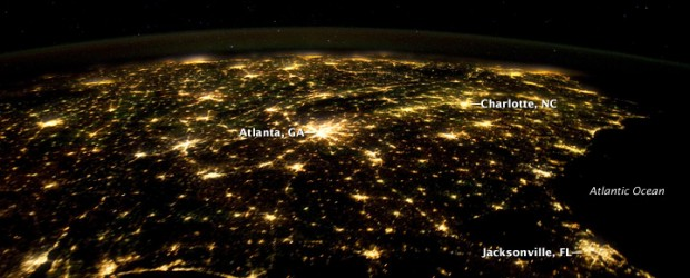 Southeastern_USA_at_Night_-_NASA_Earth_Observatory