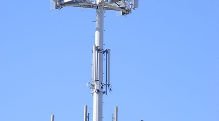450px-Cell-Tower
