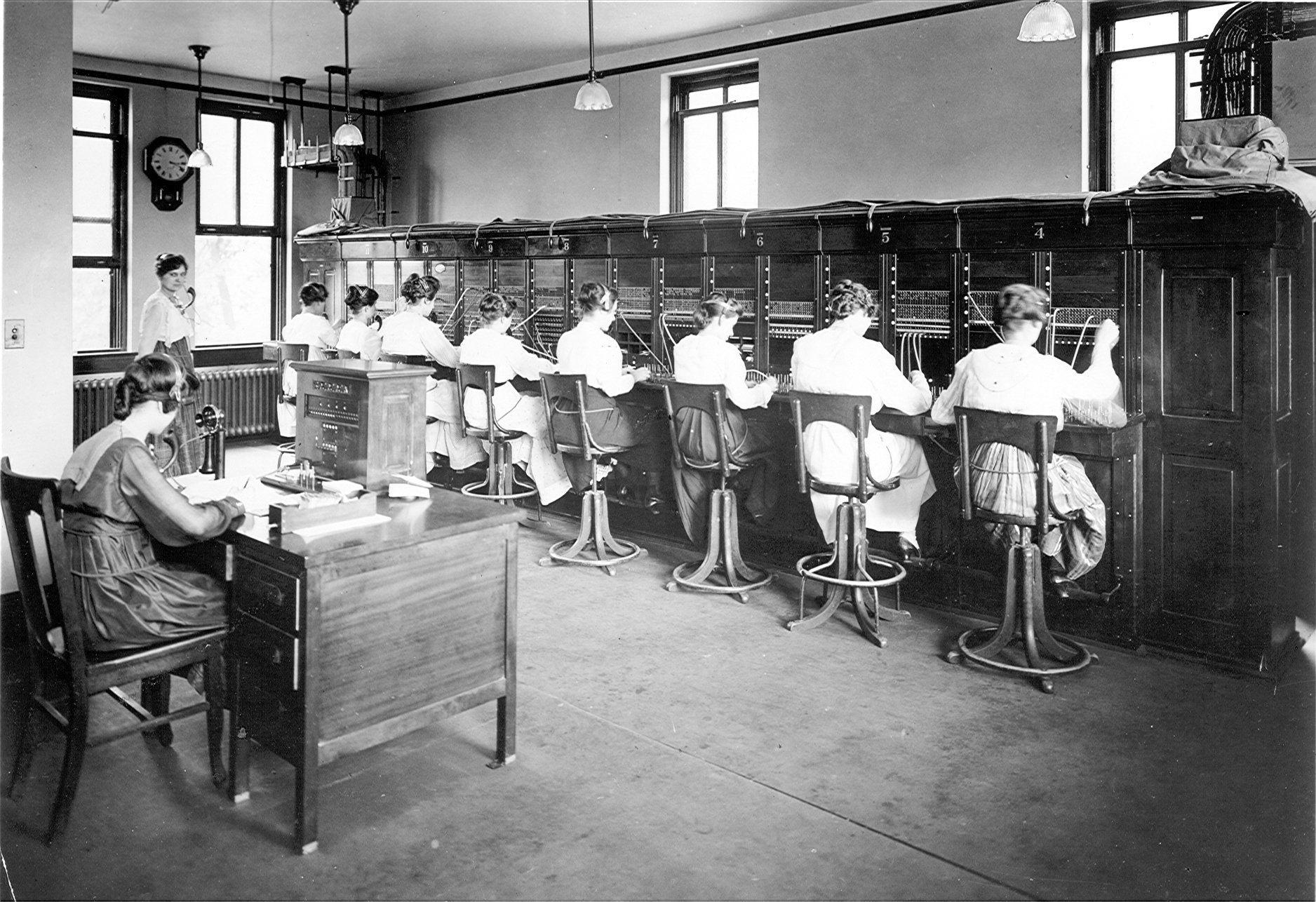 early switchboard operators pc operators jpg 1876×1286 working early switchboard operators pc operators jpg 1876×1286